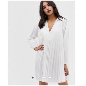 ASOS design • pleated long sleeve swing dress